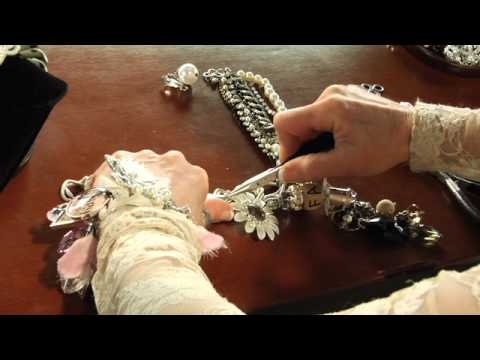 Cake Art By Amy Hours : Make a necklace with Amy Labbe and Art-i-cake? tools and ...