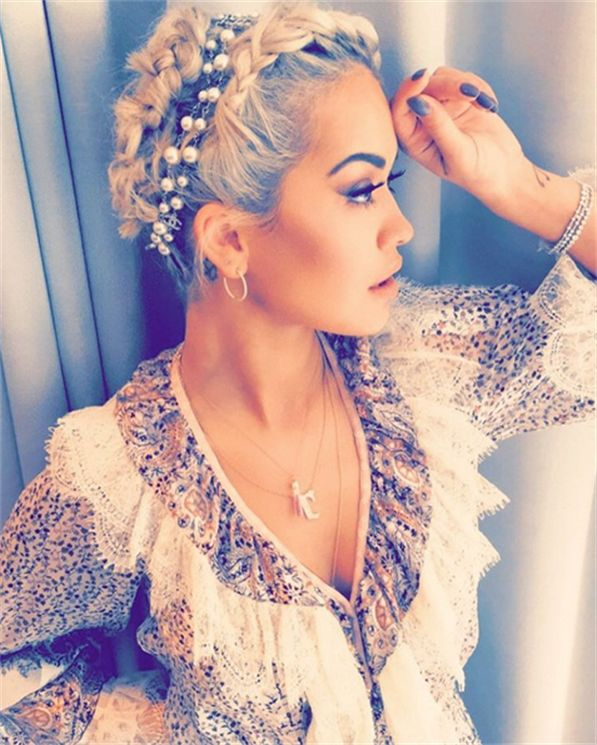 Rita Ora looking stunningly bohemian