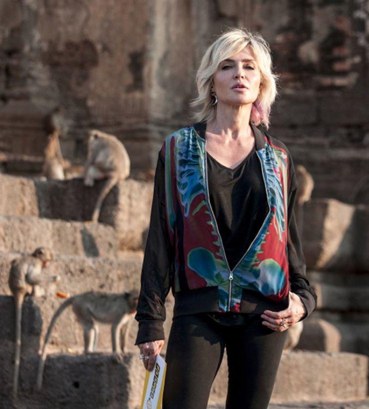 Capelli corti 2016: il nuovo taglio sbarazzino di Paola Barale