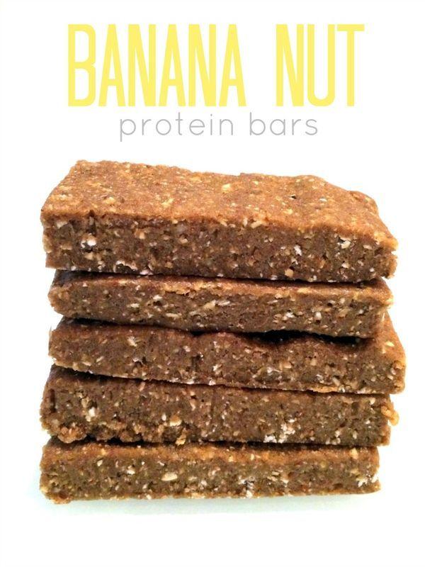 No-Bake Banana Nut Protein Bars -- easy to whip up, vegan, no added sugar. Hummusapien.com