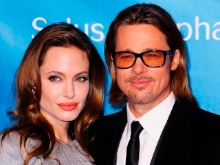 Brad Bitt wants to make sure everything is perfect for his wedding to Angelina Jolie.