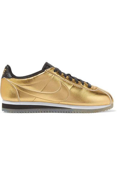 Sole measures approximately 30mm/ 1 inch Gold leather Lace-up front Nike follows its own size conversion, therefore the size stated on the box will differ from the one provided in our conversion chart. To receive your correct fit, please refer to Size & Fit notes ImportedSmall to size. See Size & Fit notes.