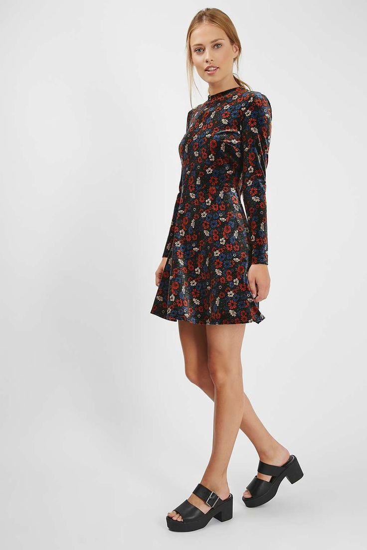 Ditsy Velvet Flippy Dress - Topshop