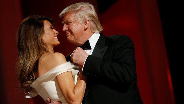 Наряды предшественниц Меланьи Трамп на инаугурациях и не только http://kleinburd.ru/news/naryady-predshestvennic-melani-tramp-na-inauguraciyax-i-ne-tolko/  Первая леди была одета в платье цвета слоновой кости. Эксклюзивную модель разработал дизайнер Эрве Пьером при участии самой Мелании, а у нас есть прекрасный повод вспомнить, как одевались её предшественницы. Мэри Энн Тодд Линкольн в 1855 году. Это платье было на Мэри на инаугурации Авраама Линкольна в 1861 году. Грейс Кулидж, Калвин…