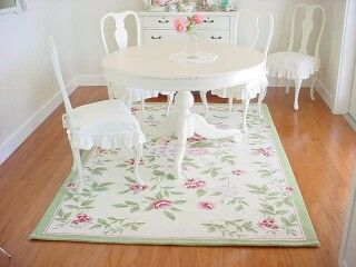 14 best rugs images on pinterest carpets shabby chic for Tapis shabby chic