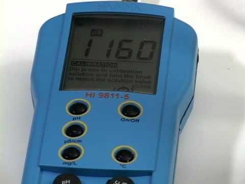 El medidor de ph HI 9811-5 es un instrumento portátil que permite efectuar mediciones sobre el terreno de pH, conductividad y TDS (Sólidos Disueltos Totales).