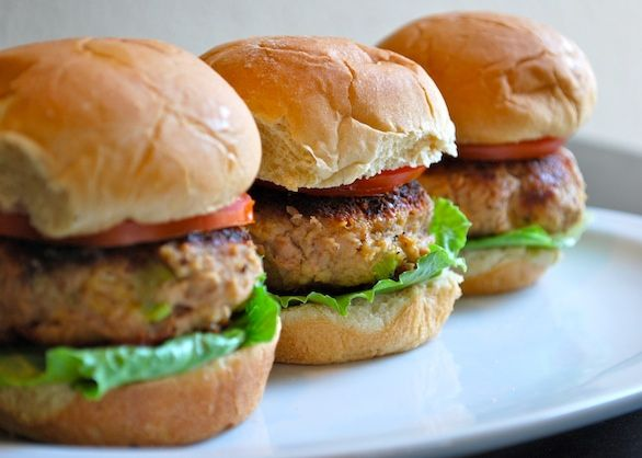 Healthy Burger Recipe: Delicious, Easy Tuna Sliders Recipe