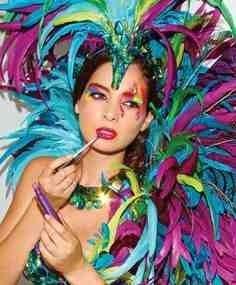 Love this carnival makeup