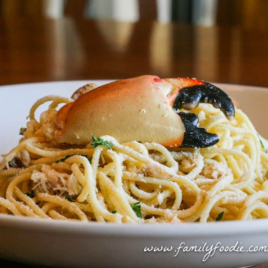 This is one of our Special Holiday Recipe | Moscato Stone Crab Scampi #SundaySupper