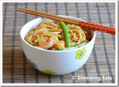 Quick Sweet Chilli Prawns and Noodles | Slimming Eats - Slimming World Recipes