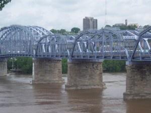 Cincinnati, OH Purple People Bridge