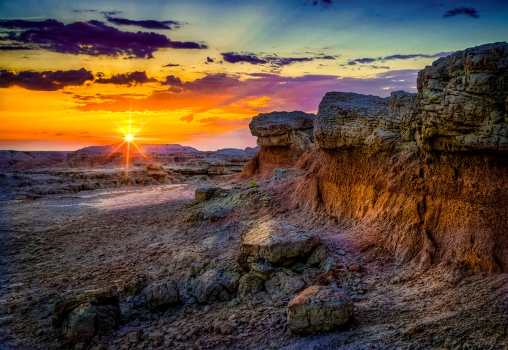 Gorgeous Badlands Sunrise by Rikk Flohr, via 500px