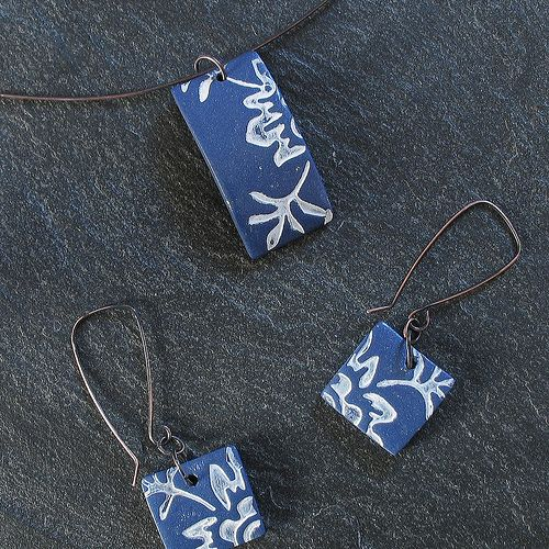 HANNE_BIRTD Polimer caly pendand and earrings - blue