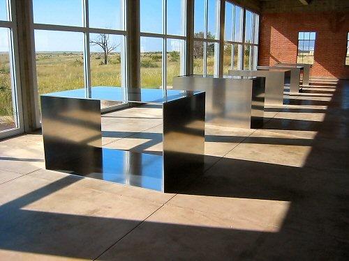 Donald Judd - kitchen island as a sculpture / boulder / mirror