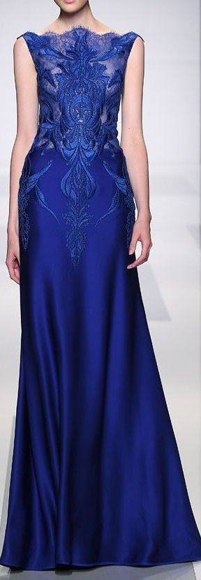 What a beautiful dress! I think it would look better with the dark blue under-layer going the whole way up but wow! Wish I had events to wear things like this to!