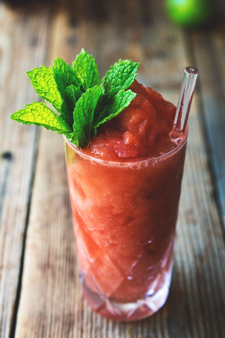 Watermelon Balsamic Cocktail Slushies by @HonestlyYUM honestlyyum.com
