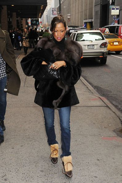Stacey Dash | stacey dash in nyc with her kids in this photo stacey dash stacy dash ...