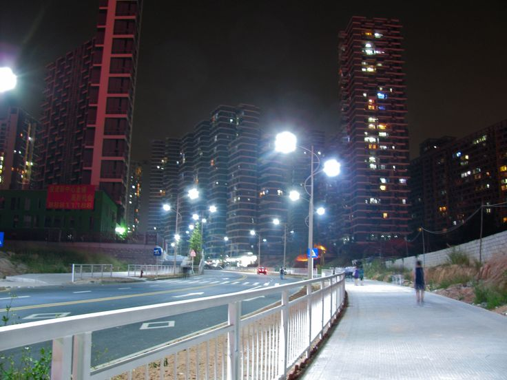 project on street light The chicago smart lighting project is an outdoor lighting modernization initiative designed to improve the quality and reliability of chicago's outdoor lighting .