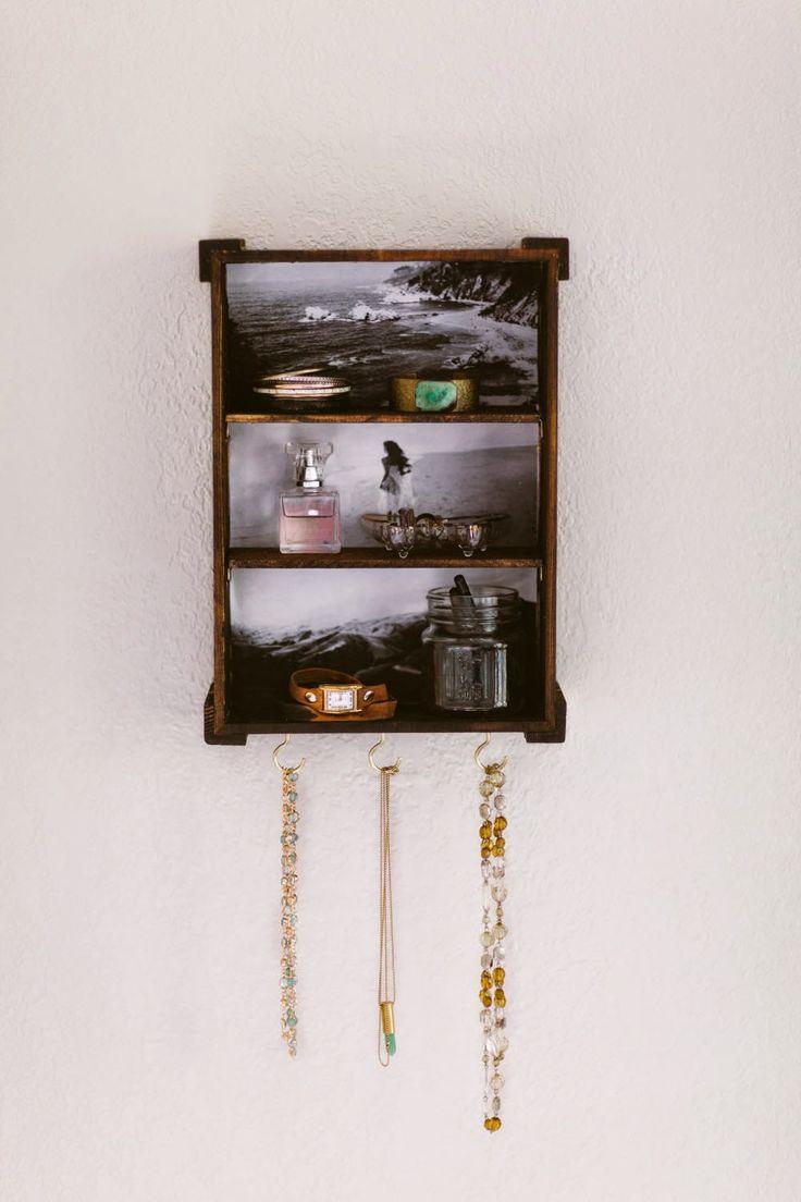 mira esta linda idea para poner el perfume y los accesorios que mas uses.