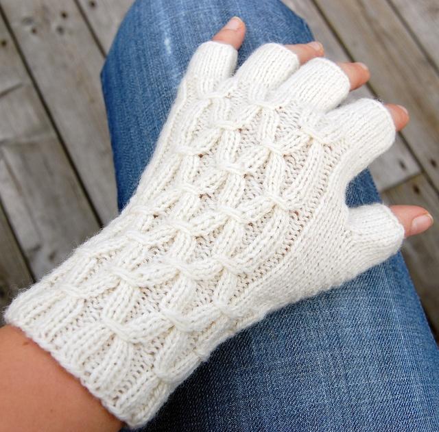 Winter white fingerless gloves  by Anniki, via Flickr