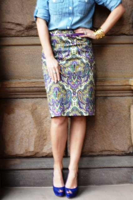 Great skirt, great shoes. Just great.Fashion Passion, Casual Outfit, Outfit Ideas, Outfit Inspiration, Pretty Things, Crew, Marc Jacobs, Sir Ross, Paisley Skirts