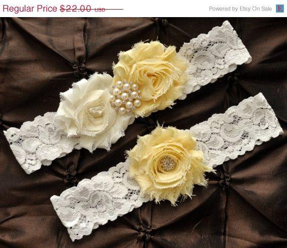 SALE Wedding Garter Bridal Garter Set  Ivory by Avenue22Bridal
