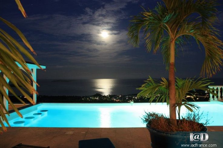 Saint Martin, France - one of the best holiday destinations with geordeous views and mansions.