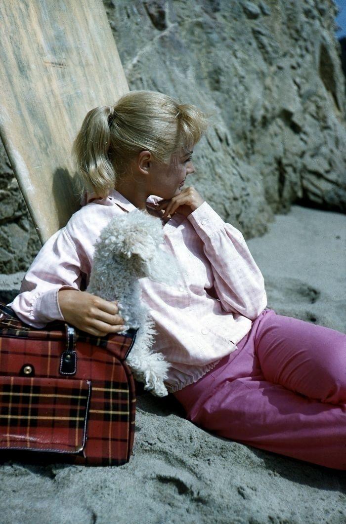 """Sandra Dee on the set of """"Gidget"""" (1959)."""