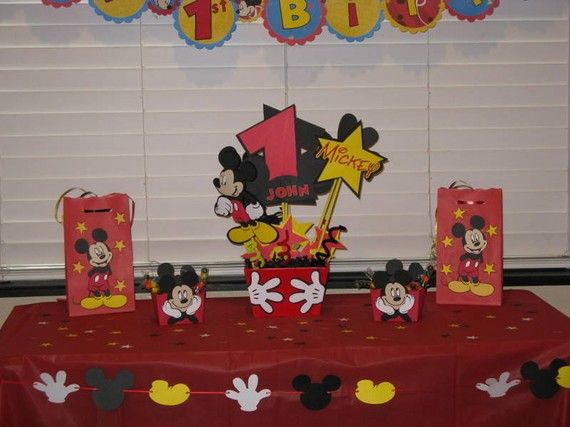 Mickey Mouse Party Center Piece