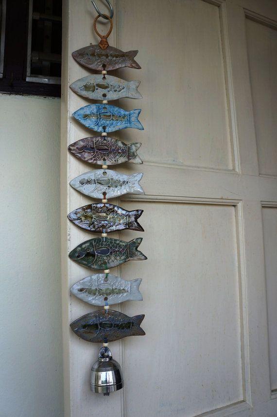 Items similar to À la main les carillons éoliens en céramique conçus avec une forme organique de poissons on Etsy