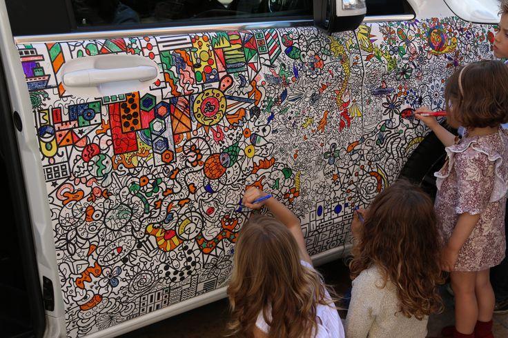 Los niños pudieron disfrutar muchísimo con el Clase V de Mercedes-Benz y Pintafun