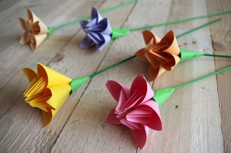 Jarní květiny z papíru - Květiny jsme složili podle našeho návodu, který najdete zde: Návod: Květiny z papíru ( DIY, Hobby, Crafts, Homemade, Handmade, Creative, Ideas)