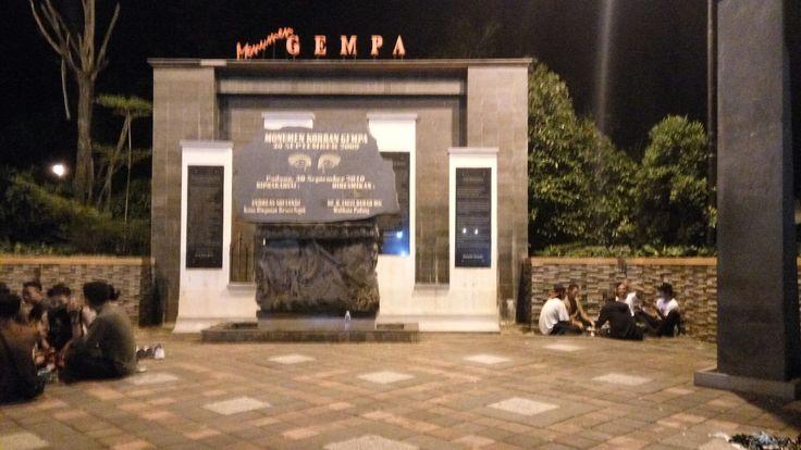 Monument Gempa