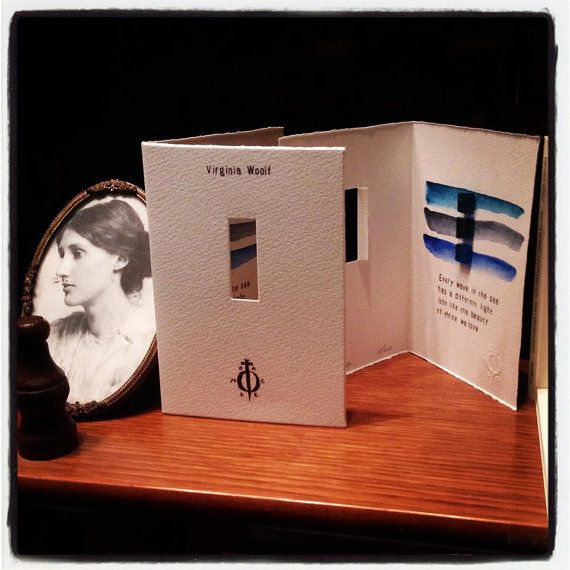 Virginia Woolf Artist's Book Libro Every wave in the sea has a different light