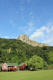 Cremorne Estate in Port St Johns has an idyllic riverside setting beneath the craggy heights of Mt Sullivan, the northern 'gatepost' to this Wild Coast town.