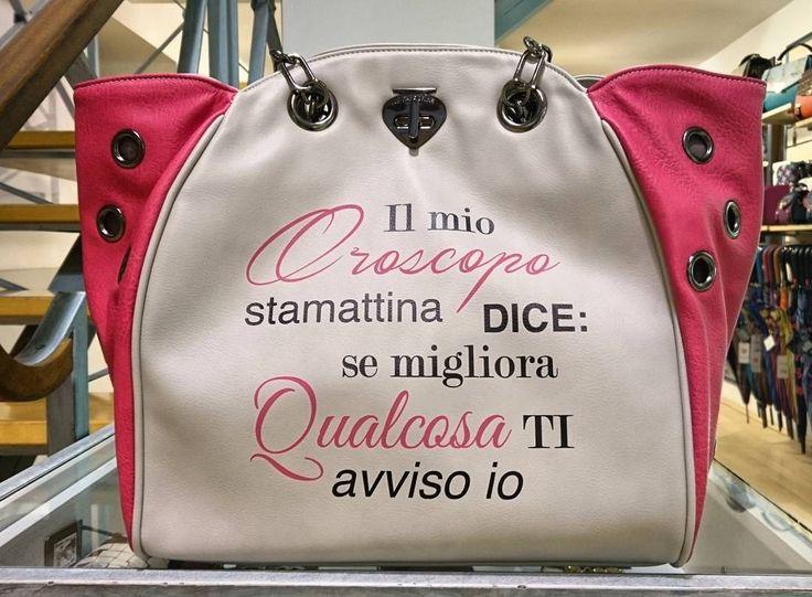"""Il mio Oroscopo stamattina dice: se migliora qualcosa ti avviso io"" borsa Le Pandorine frase oroscopo € 95,00. ▶ Per Info e Acquisti WhatsApp 3381942305,  carpelpelletterie@gmail.com, Facebook Pvt ◀ #lepandorine #lepandorinebags #oroscopo #shopper #shoppingonline #ss2016 #springsummer2016 #bags #cosebelle #musthave #Fashion #instastyle #style #instastyle #igers #picoftheday"