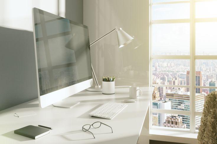 En los #estudios lo más importante es que sean un lugar de concentración y tranquilidad, para esto es recomendable utilizar tonos claros y por qué no anexar algunos de tus cuadros favoritos. #decoracion #diseño #vivienda