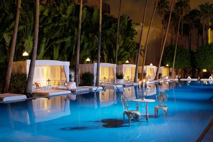 Pool Delano SOBE Hotel,Morgans Hotel Group, by Philippe Starck. Miami Beach (Florida).