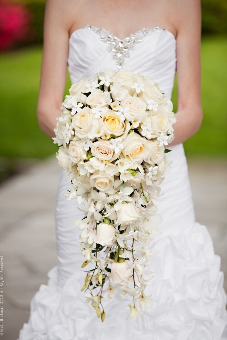 how to make a cascading bouquet without holder