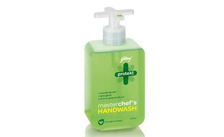 Buy 1 Protekt Hand Wash Master blaster (Green) 300 ml Pump at Rs 49 & get 1 refill free. Valid at all super markets.