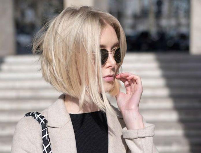 Ωραία τα μακριά μαλλιά κορίτσια, αλλά υπάρχει ένα άλλο κούρεμα, το οποίο ευτυχώς ή δυστυχώς τα εκτοπίζει διαχρονικά. Ποτέ δεν έχει φύγει από τη μόδα, απλώς τα come back του είναι τόσο δυνατά, που κόβουμε ξανά και ξανά όλες τα μαλλιά μας…καρέ. Και φέτος λοιπόν το μακρύ καρέ επανέρχεται δριμύτερο, ίσιο ή σπαστό για να …