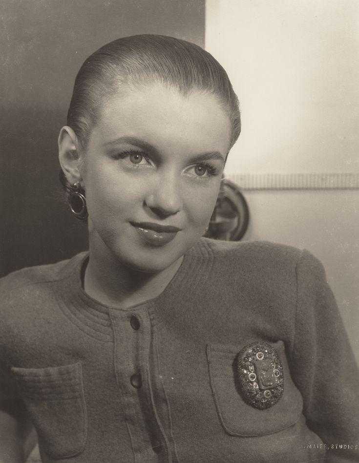 Marilyn Monroe circa 1940