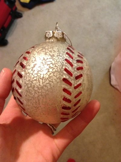 Baseball Ornament - need a set of these!