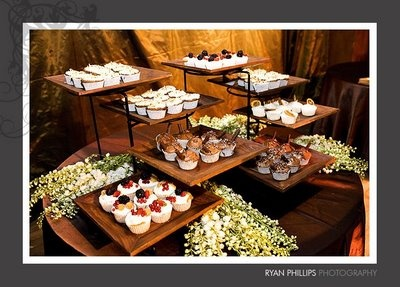 I am loving all the layers on these stands.... used here for cupcakes but totally suitable for other things as well.: Wedding, Bites Buffet, Cupcake Display, Dessert Buffet, Beverage Wedding, Buffet Displays, Bride, Buffet Ideas
