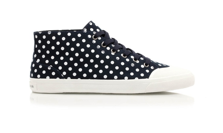 Cotton canvas with contrasting polka dots printeing, almost ankle high basket shoes, with rubber sole which ends and cover the toe by @Dolce & Gabbana