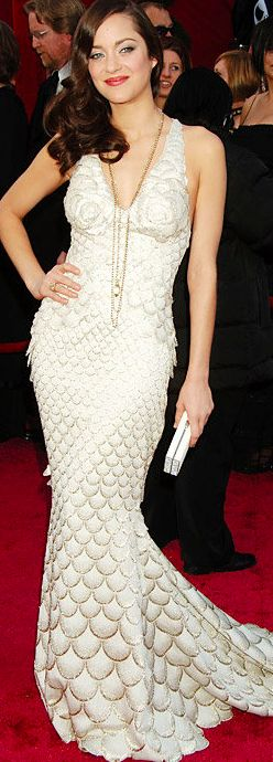Marion Cotillard shined in this Jean Paul Gaultier embellished gown. #Oscars 2008