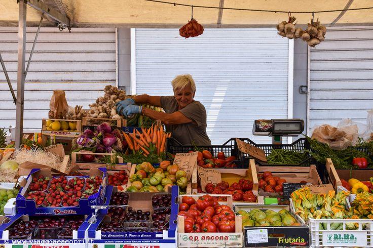 Mercato Ortofrutticolo in Piazza Cavallotti, cosa vedere a #Livorno #LivornoBlogTour
