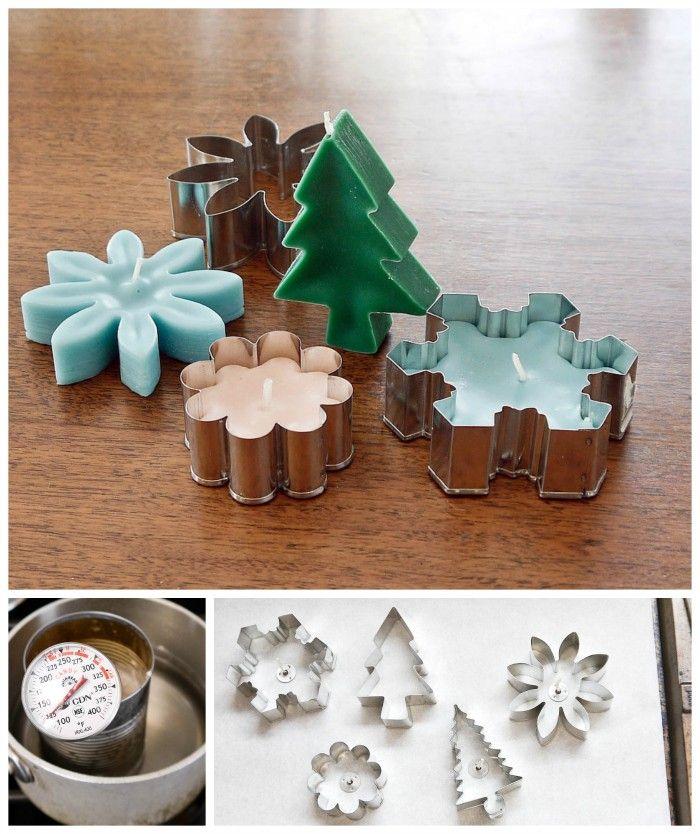 Zelf kaarsen in vorm maken. Kaarsvet smelten en in (koekjes)vorm doen. Eerst het lontje erin.