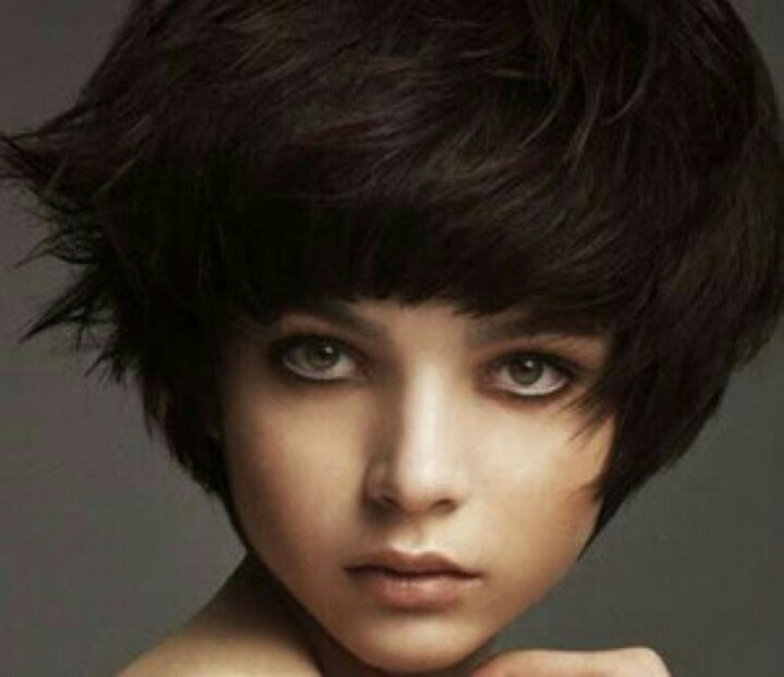 Great short cut with volume   Short Hairstyles   Pinterest