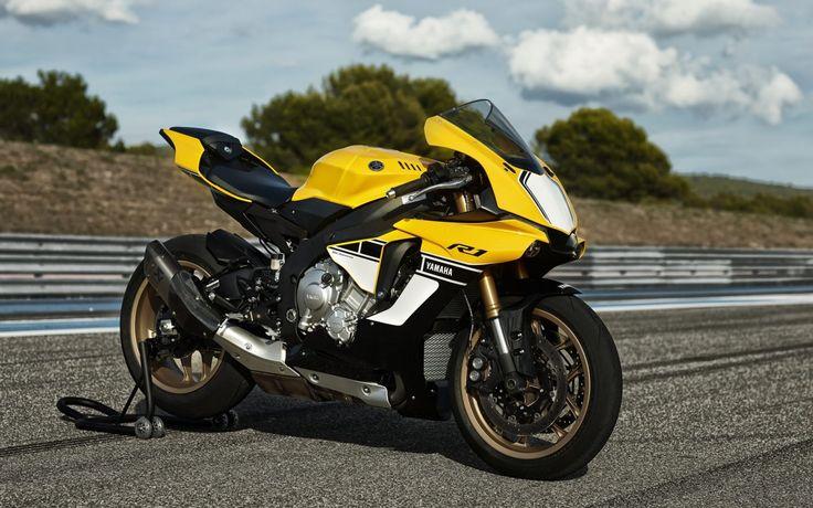 Yamaha Bike YZF_r1_HD